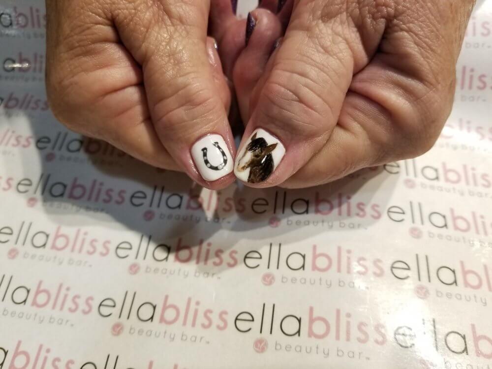 horse art on nails